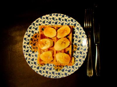 wafels citroen ricotta maanzaad geserveerd