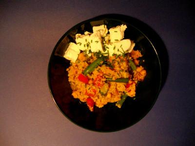 MM - couscous met groenten en geitenkaas geserveerd
