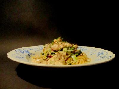 MM kip groente pasta geserveerd