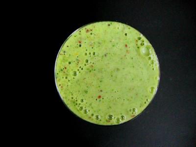 geweldige groene smoothie in glas